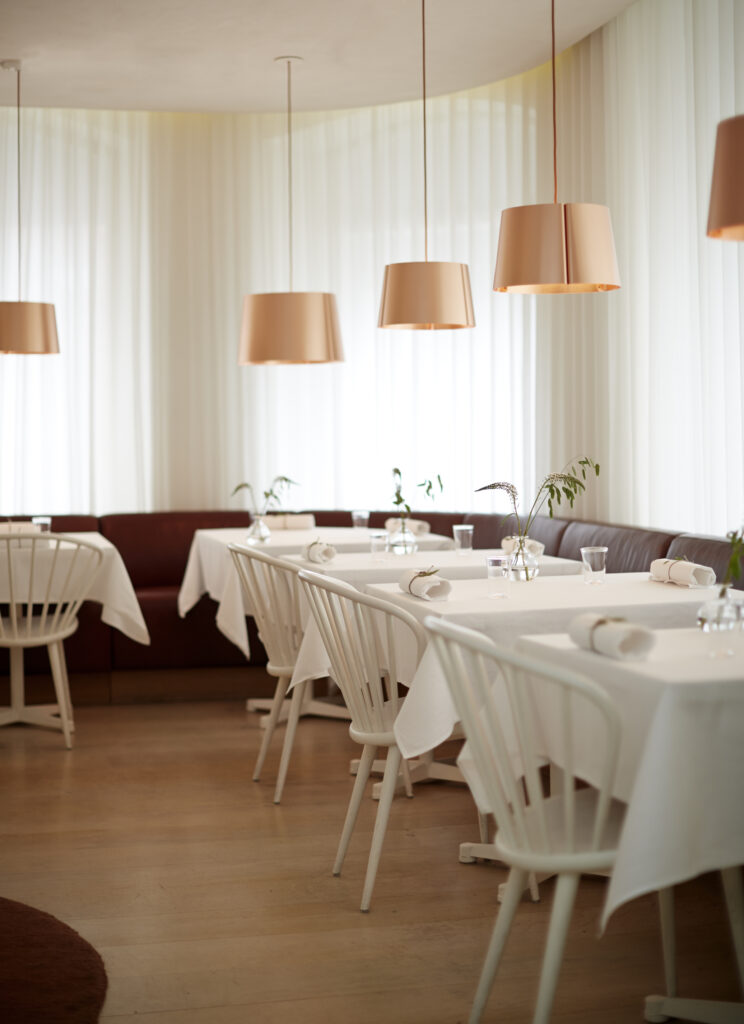 Gastrologik is of course a luxury restaurant, but it's also small and cozy restaurant. Our aim is that everyone should feel relaxed when they are guest with us, so I think it's important that the wine is never masterful.
